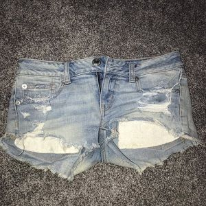 light wash american eagle jean shorts